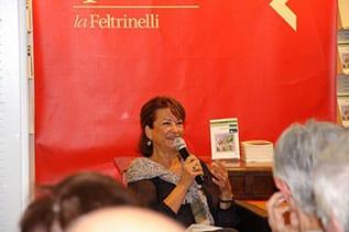 Emma-Luciani-Omissioni-presso-Feltrinelli-Varese